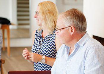 Två konsulter från ledarskapsutbilningen Vägen upp